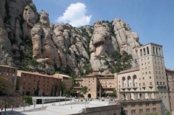 El mal temps d'aquesta setmana redueix a la meitat els participants de la caminada popular fins a Montserrat